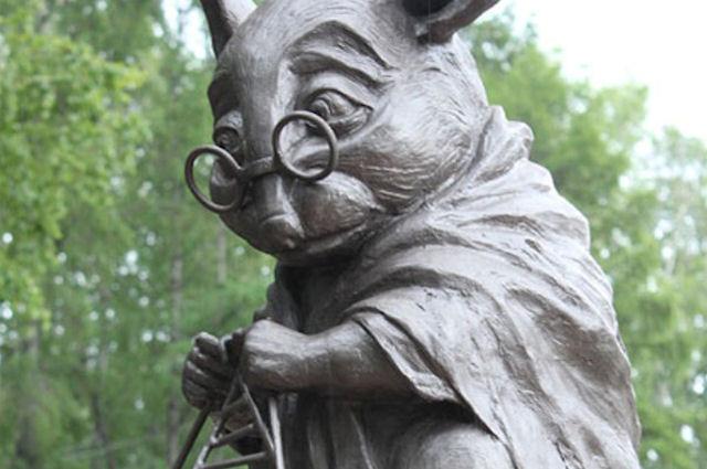 В Липецкой области красуется памятник белой мыши