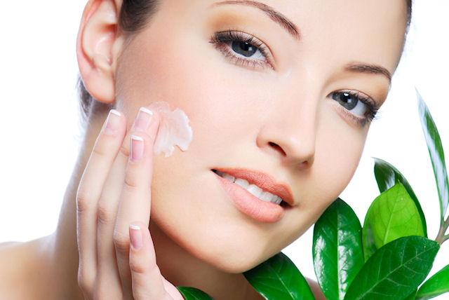 Правильный уход за кожей лица - гарант молодости