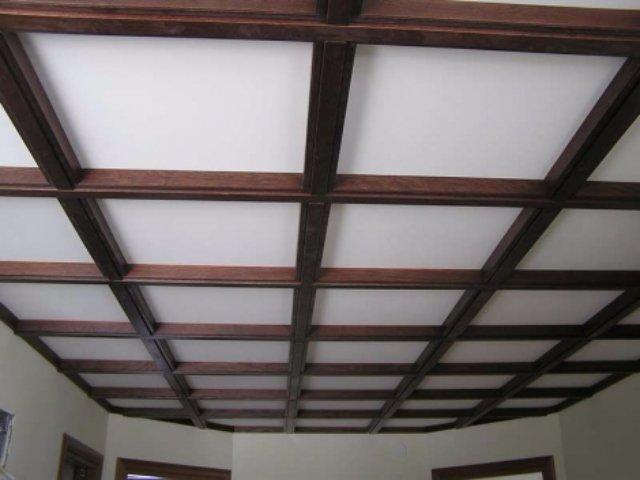 Строительные материалы. Потолочные балки