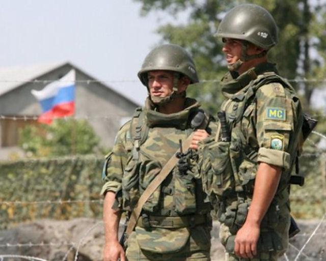 Российские военные пытаются