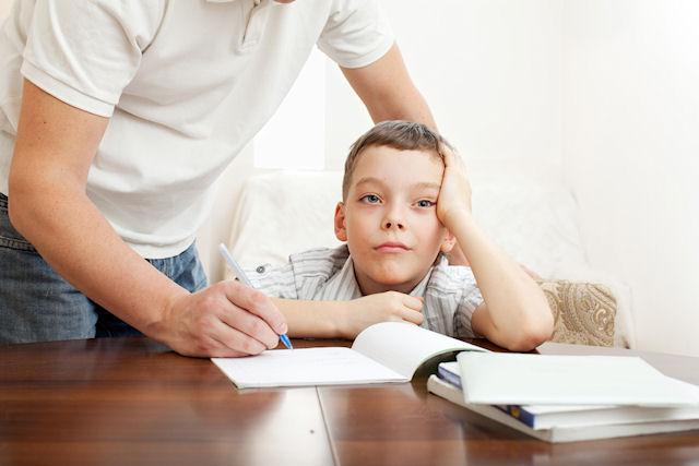Нужно ли в младших классах заставлять ребенка учиться