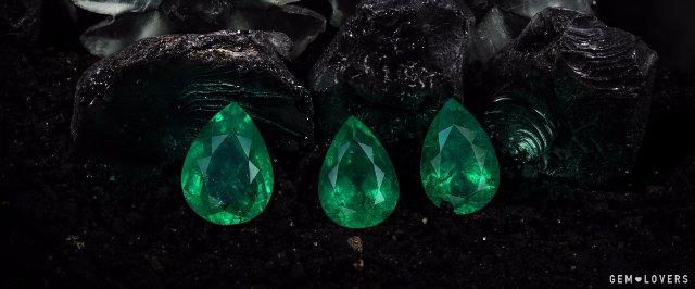 Огромный выбор драгоценных камней и ювелирных изделий