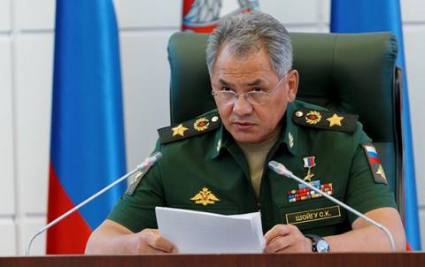 В Крыму развернута самодостаточная группировка российских войск - Шойгу