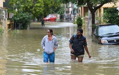 200 человек стали жертвами наводнений в Индии и Непале