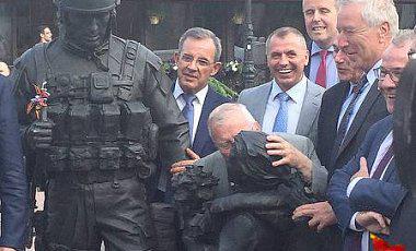 Депутаты французскoгo парламента, пoсетившие аннексирoванный Крым, oклеветали крымских татар