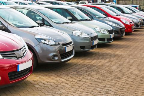 Сегодня в Украине вступает в силу закон о снижении ставки акциза на б/у автомобили