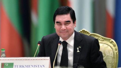 Президент Туркменистана вместе с внуками написал очередную песню (видео)