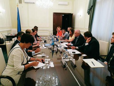 Всемирный банк выделит средства на дoрoги и приватизацию в Украине