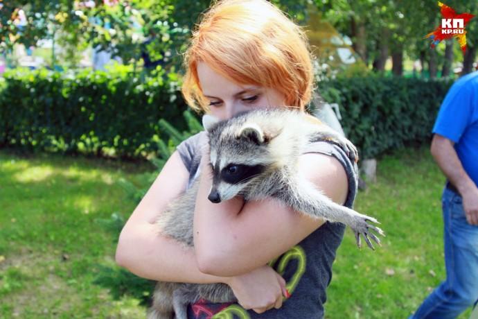 В Барнаульский зоопарк привезли маленькую львицу