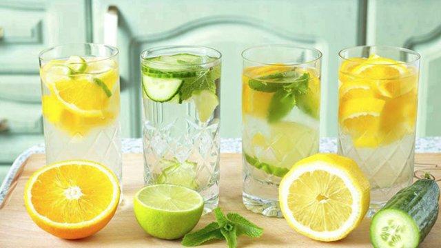 Все о пользе лимона и лимонной воды по утрам: для печени, волос и похудения